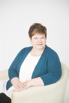 Marianne White